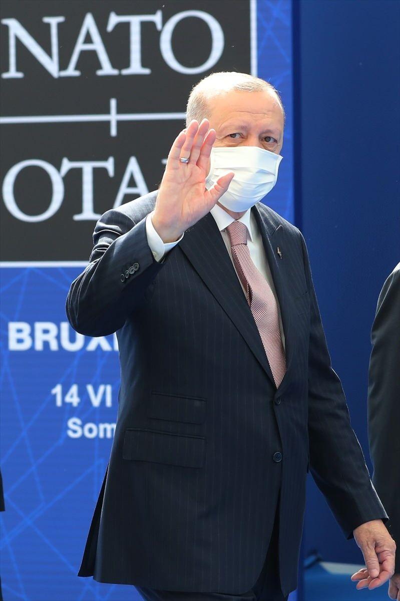 <p>Türkiye Cumhurbaşkanı Recep Tayyip Erdoğan, NATO Liderler Zirvesi'ne katılmak üzere Brüksel'deki NATO Karargahına geldi.</p>
