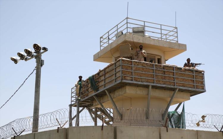 <p>ABD yönetimi, 29 Şubat 2020'de Taliban ile anlaşmaya varmış ve 1 Mayıs 2021'de Afganistan'dan tamamen çekileceği konusunda mutabık kalmıştı. Joe Biden yönetimi ise 1 Mayıs'tan başlamak üzere, 11 Eylül'e kadar Afganistan'dan tamamen çekilmiş olacaklarını açıklamıştı.</p>
