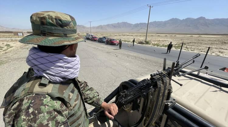<p>Kamuoyuna bilgi verme yetkileri olmadığı için isimlerinin saklı kalması koşuluyla Associated Press'e konuşan iki ABD'li yetkili, üssün Afgan Ulusal Güvenlik ve Savunma Kuvvetleri'ne devredildiğini bildirdi.</p>
