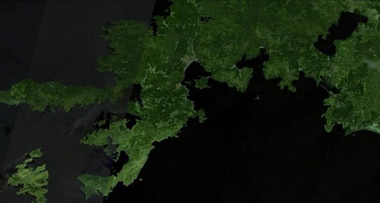 <p><strong>MARMARİS - ÖNCESİ<br /> </strong><br /> Yangında en çok etkilenen yerlerin başında Marmaris geliyor. Popüler tatil bölgesinin uydu görüntüsü 31 Temmuz tarihinde yukarıdaki gibiydi.</p>