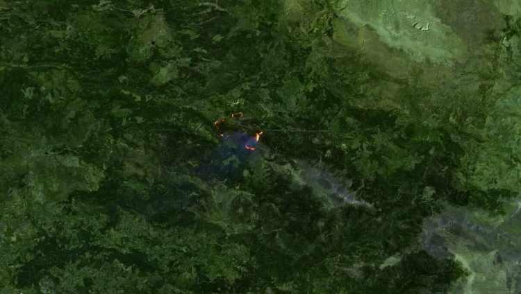 <p><strong>GÜNDOĞMUŞ - SONRASI<br /> </strong><br /> 1 Ağustos tarihli uydu görüntüsünde ilçedeki yangın görülüyor.</p>