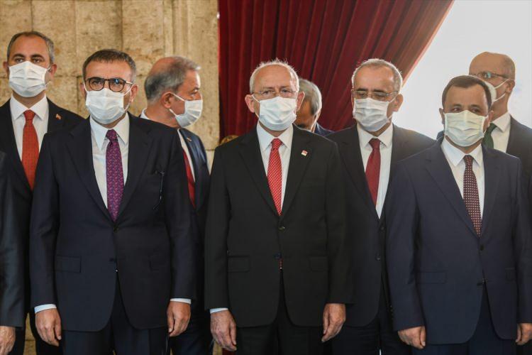 <p>Programda CHP Genel Başkanı Kemal Kılıçdaroğlu da yer aldı</p>  <p></p>