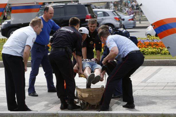 <p>Rusya'nın başkenti Moskova'da bu meydana gelen metro kazasında ölü sayısı 10'a yükseldi.</p>
