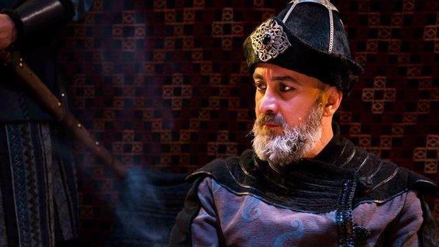 <p>Sadeddin Köpek, I. Alaaddin Keykubat'ın oğlu sultan II. Gıyaseddin Keyhüsrev'e yaptığı kirli oyunlar nedeniye idam ettirilecek.</p>  <p></p>