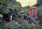 Feci kaza! Kamyon 500 metrelik uçurumdan yuvarlandı