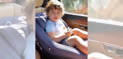 Berfu Yenenler, oğlu Kuzey'le arabada bu eğlenceli anları paylaştı