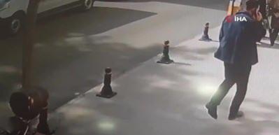 Aniden yola fırlayan çocuğa otomobil çarptı! O anlar güvenlik kamerasında