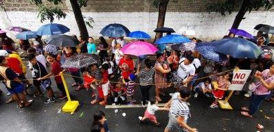 Filipinler'i Phanfone Tayfunu vurdu