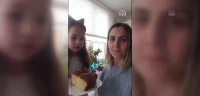 5 yaşındaki Bilge'den sağlık çalışanlarına 'kek' jesti