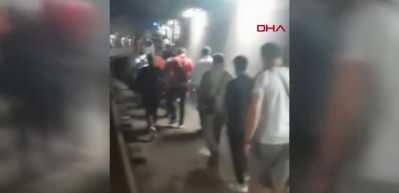 Marmaray'daki arıza sonrası yolcular rayların üzerinde yürüyerek dışarı çıktı