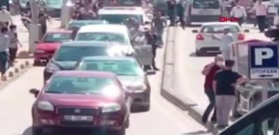 Aracın deposunu doldurup kaçarken 9 araca çarpan şüphelinin yakalanma anları kamerada