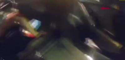 ABD'de polisin eylemcilere elektroşokla müdahale anı kamerada