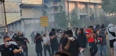 ABD'den sonra kaos Paris'te! Çatışmalar çıktı