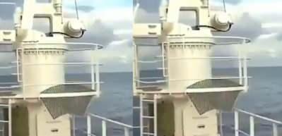 Açık denizde depreme yakalanan bir geminin güvertesinde korku dolu anlar!