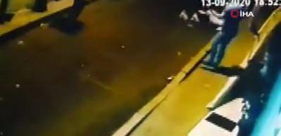Akrobasi yapan kadın 7. kattan yere çakıldı