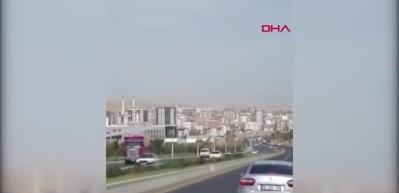Ankara'da akılalmaz olay! Freni boşalan kamyon trafikte 2 Km geri gitti