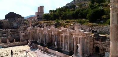 """Aşkların ve imparatorların şehri"""" Sagalassos 5 ayda 30 bin ziyaretçi ağırladı"""