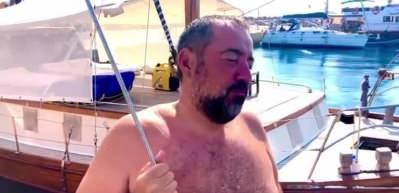 Ata Demirer 48 yaşını işte bu videoyla kutladı!