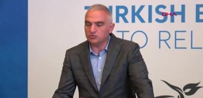 Bakan Ersoy: Birkaç hafta içinde trafiğin bütün ülkelerle açılacağını düşünüyorum