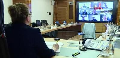 Bakan Pekcan: Bu süreci el birliği ile atlatacağız