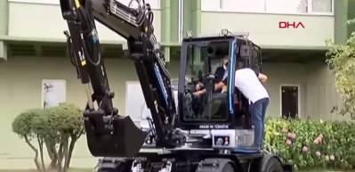 Başkan Erdoğan Yerli iş makinesini böyle test etti!