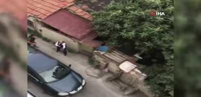 Beyoğlun'da inşaatı basan adam dehşet saçtı