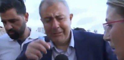 Beyrut Valisi patlamayı ağlayarak anlattı!