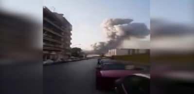 Beyrut'ta atom bombasını andıran patlamanın basıncı amatör kameramanı yuttu