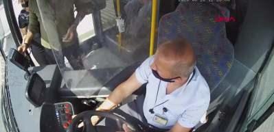 Bursa'da dehşete düşüren olay! Halk otobüsü şoförü, 'maske' tartışmasında yolcuyu bıçakladı
