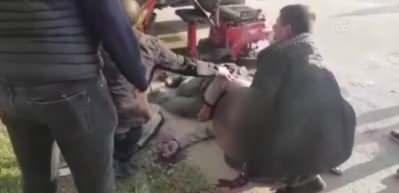 Bursa'da kamyonetin çarptığı elektrikli bisikletteki kişi ağır yaralandı