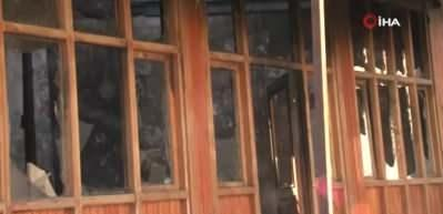 Camiye çirkin saldırı: 130 yıllık camiyi ateşe verdiler