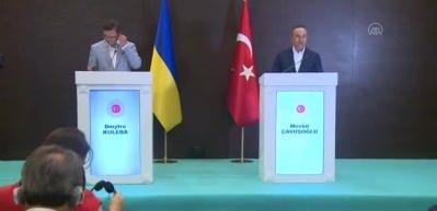 Çavuşoğlu: Macaristan, Türkiye'den dönenlere karantina uygulamayacak