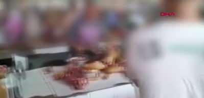 Çin akıllanmıyor! Köpek eti festivali başladı...
