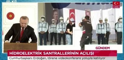 """Cumhurbaşkanı  Erdoğan: """"Su akar Türk bakar tarih oldu! Şimdi su akar Türk yapar"""""""