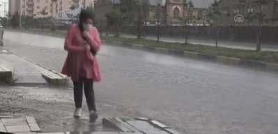 Dikkat! Meteorolojiden kuvvetli yağış ve rüzgar uyarısı