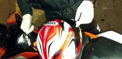 Şişli'de motosiklet kaskının içerisine gizlenmiş uyuşturucu madde bulundu