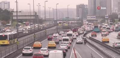 E-5'te kısıtlama öncesi trafik yoğunluğu
