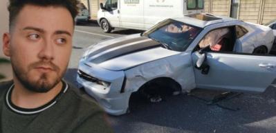Enes Batur kaza yaptı: Araba ağaca çarparak takla attı...