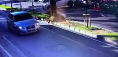 Enes Batur'un korkunç kazası kamerada!
