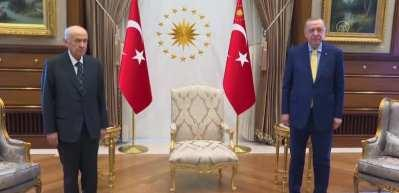 Erdoğan-Bahçeli görüşmesinde yeni anayasa ve reform konuşuldu
