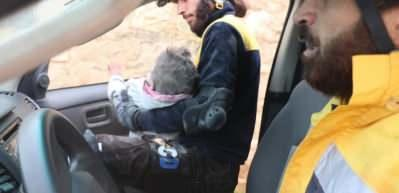 Esad saldırdı! 4 yaşındaki çocuk göçük altından çıkarıldı