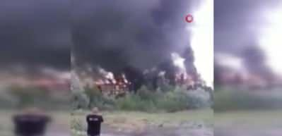 Eşiyle tartışan kişi binayı ateşe verdi