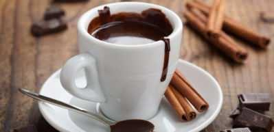 Evde en kolay sıcak çikolata tarifi