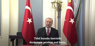 """Cumhurbaşkanı Erdoğan: """"Bir şey yüzüne karşı ifa edildiğinde suç olan her şeyi, medya ve sosyal medya mecralarında yapmalısınız"""""""