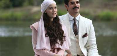 Fahriye Evcen'den oğlu Karan'a: Babası gibi keskin bakışlım! 15 Temmuz magazin turu...