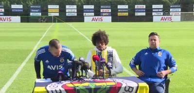 """Fenerbahçe'nin Brezilyalı futbolcusu Luiz Gustavo: """"Yolumuz uzun"""""""