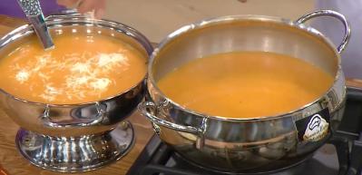 Fırında közlenmiş domates çorbası nasıl yapılır?