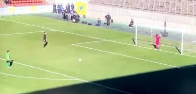 Japonya'da liseler arası maçta sıra dışı bir penaltı!