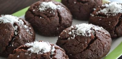 Kakaolu pratik ıslak kek tarifi