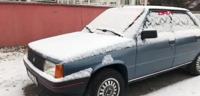 Kars'ta kar yağışı hayatı etkiliyor